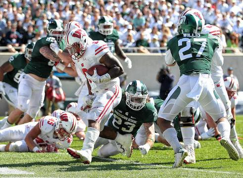 Amway Coaches Poll Week 4: Wisconsin climbs, MSU tumbles