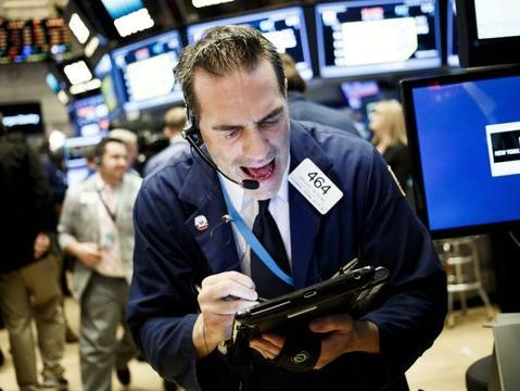 Stocks fall as focus shifts to first debate