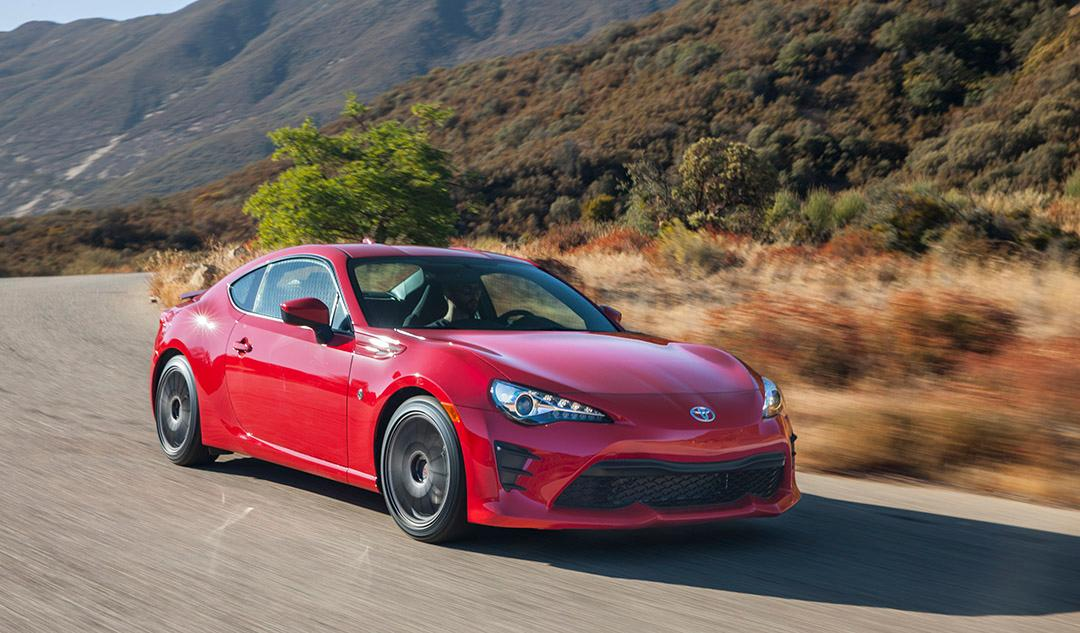 Review 2017 Toyota 86 is Scion FRS sports car reborn