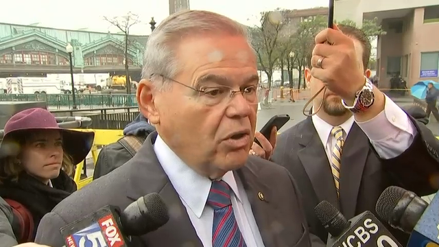New Jersey's senior U.S. Senator, Bob Menendez said the crash of a New Jersey Transit train in Hoboken highlights the updates the transit system needs to undertake. (Sept. 30)