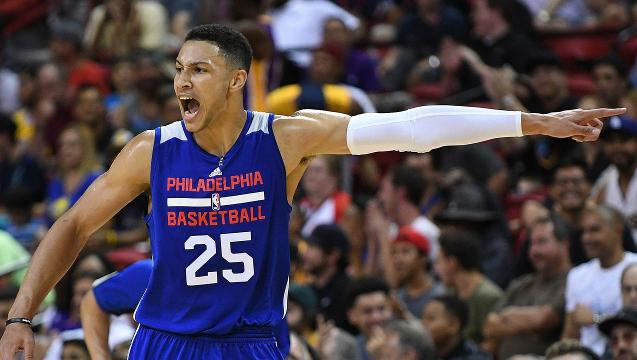 Ben Simmons fractured bone in right foot