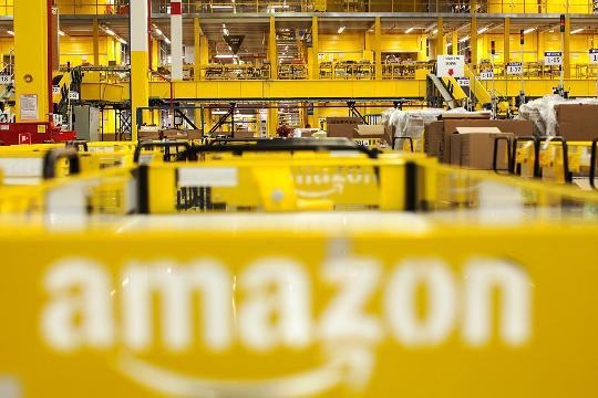 Amazon is hiring 120,000 holiday workers