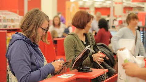 Target will offer more holiday deals than last year