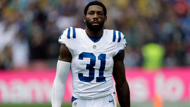 Antonio Cromartie's wife says protest cost husband job with Colts
