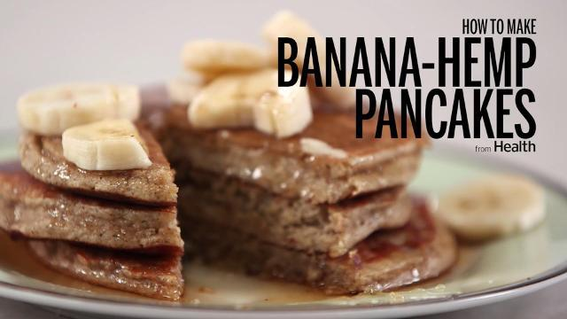 How to make banana-hemp pancakes