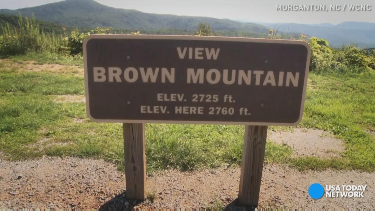 Mysterious lights draw travelers to North Carolina mountain