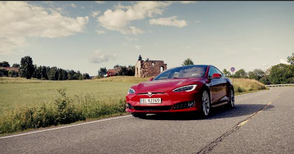Tesla announces first-of-their-kind self-driving cars