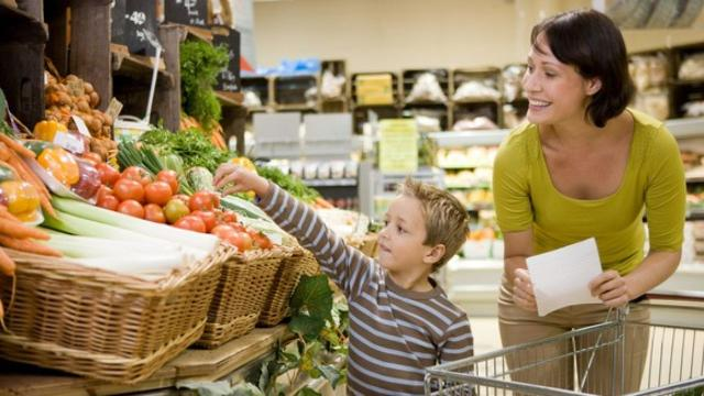 Stock up: Grocery prices have fallen for 10 straight months