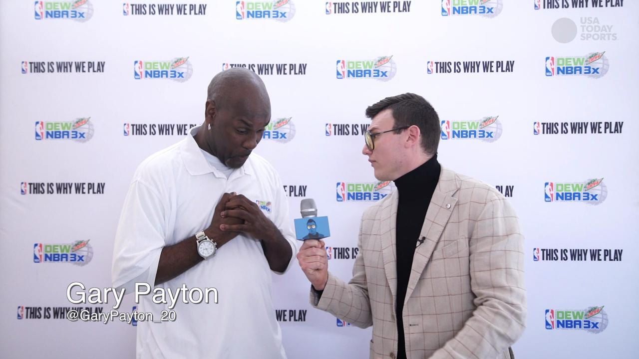 The Schmo heads to the last stop on the DEW NBA 3X3 basketball competition in Los Angeles. Watch The Schmo interview Lakers players and NBA legend, Gary Payton.