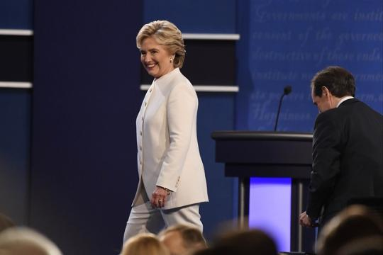 The hidden meaning behind Clinton's white debate outfit