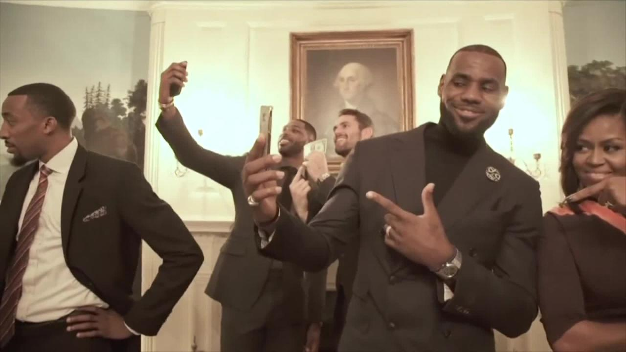 FLOTUS and LeBron James do Mannequin Challenge