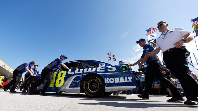 A look at the numbers every fan should know before tuning into the Chase finale at Homestead-Miami Speedway on Sunday.