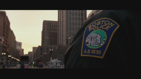Mark Wahlberg plays Sgt. Tommy Saunders, one of the first responding officers in the aftermath of the Boston Marathon bombings.