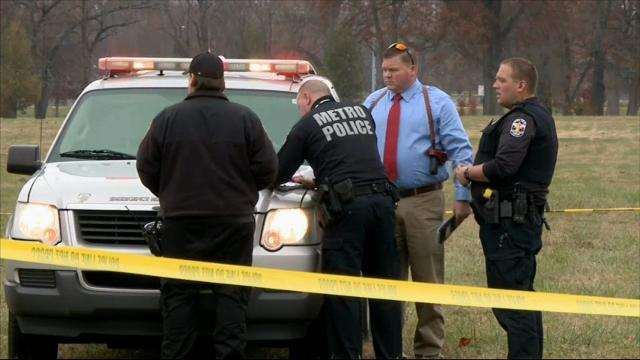 2 dead, 4 hurt in Louisville shootings