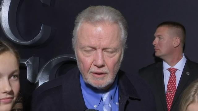 Jon Voight attacks 'radical left,' hails Trump as 'the greatest president of this century'