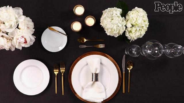 How to set a Thanksgiving table in one minute