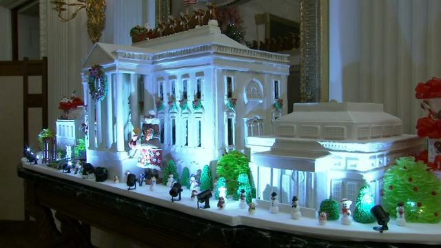 Michelle Obama shows off final WH holiday decor