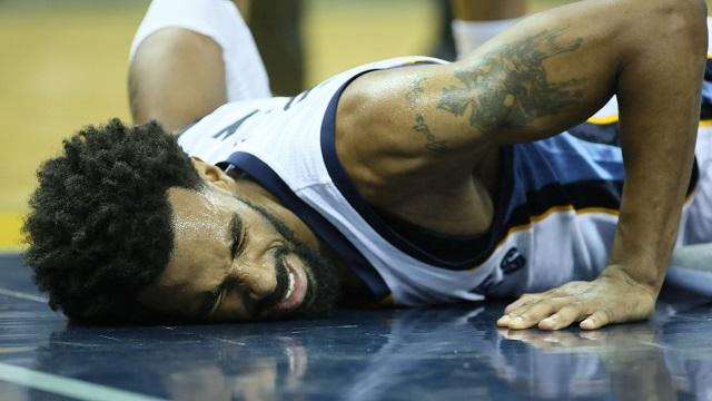 Star point guard suffered a back injury on Monday and is expected to miss six weeks.