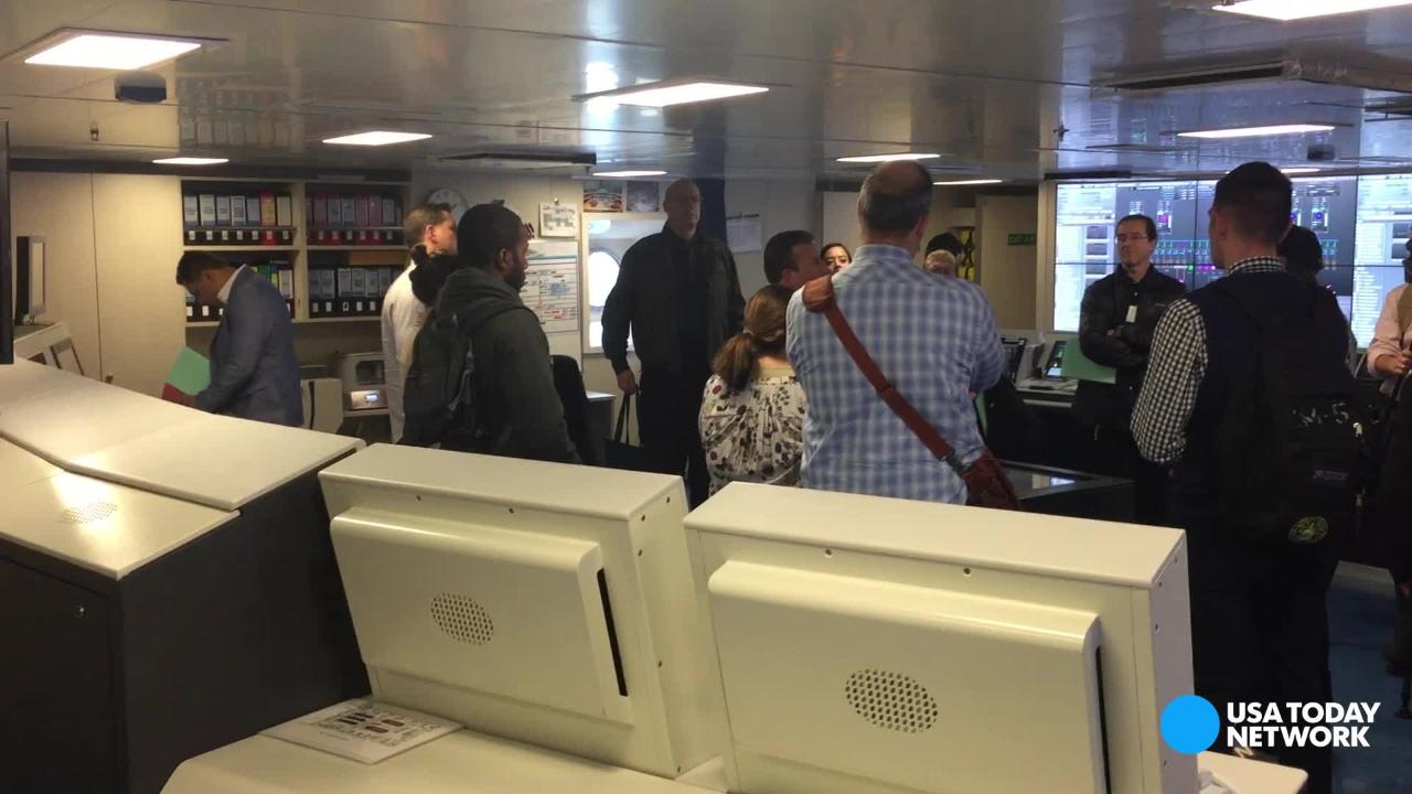 USA TODAY's Gene Sloan takes you behind the scenes of Carnival Vista's engine control room. This ship is Carnival Cruise Line's biggest ship ever and first new ship since 2012.