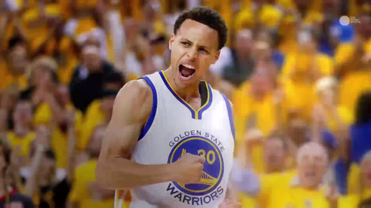 ac50b1eab86 Stephen Curry sets NBA single-game record with 13 three-pointers