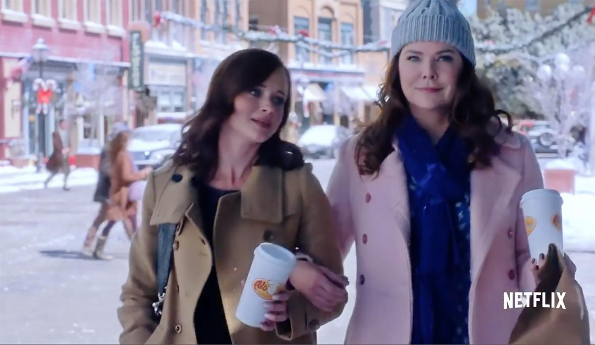 Actresses Lauren Graham and Alexis Bledel tell USA TODAY's Bill Keveney how they reconnected with Stars Hollow, the cozy community at the heart of Netflix's 'Gilmore Girls: A Year in the Life.'