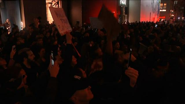 Raw: Thousands in New York march against Trump