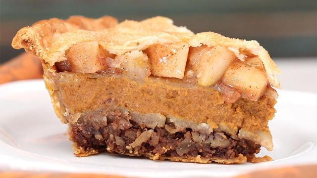 Pecapplekin pie: 3 Thanksgiving pies in 1