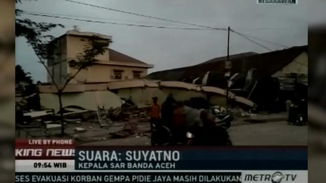 Raw: Indonesia earthquake kills dozens