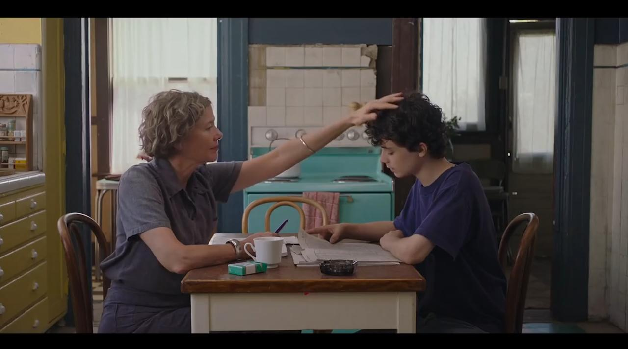 The stars of 20th Century Women remind us that being like our mom isn't the worst thing in this interview about their upcoming film.