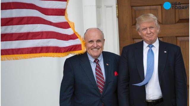 Giuliani removes himself from Cabinet consideration