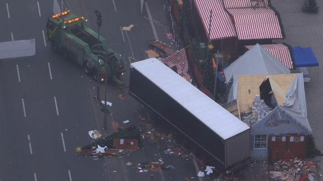 Raw: Aftermath of Germany market attack