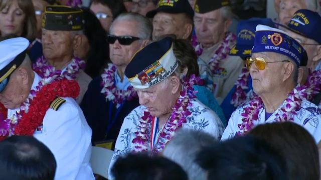 Thousands of people gathered at Pearl Harbor on Wednesday for a ceremony marking the 75th anniversary of the attack that plunged the United States into World War II and left more than 2,300 service people dead. (Dec. 7)