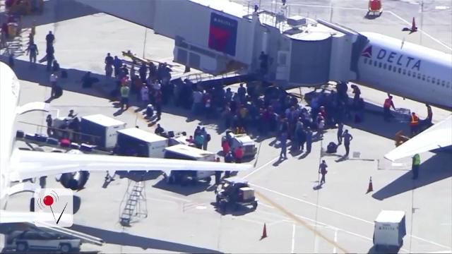 Gunman opens fire at Fort Lauderdale airport
