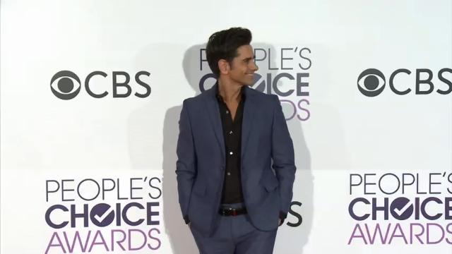 Stars come out for People's Choice Awards