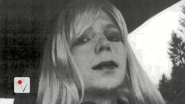 Obama commutes prison sentence of Chelsea Manning