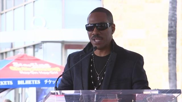 Dwayne Johnson and Eddie Murphy showered praise on Brett Ratner as the producer/director received a star on the Hollywood Walk of Fame. (Jan. 20)