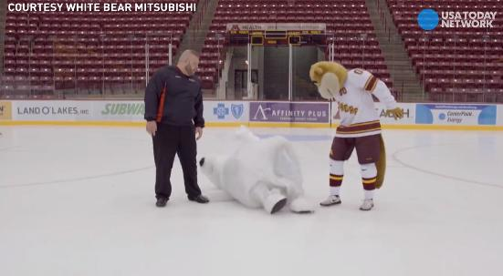 Mascot can't stay on his feet in hilarious outtakes