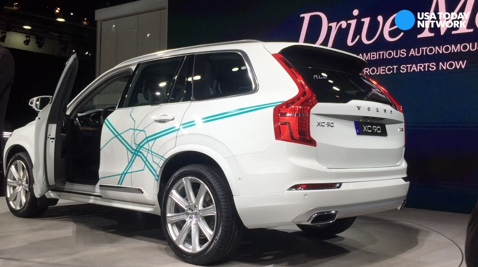 Volvo unveils 2018 XC90 Drive Me, self-driving car program