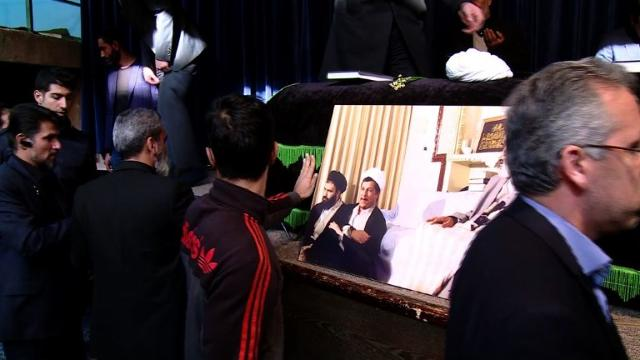 Iran begins three days of mourning after the death of ex-president Akbar Hashemi Rafsanjani, a pillar of the Islamic revolution who became a leading counterweight to hardliners. Video provided by AFP