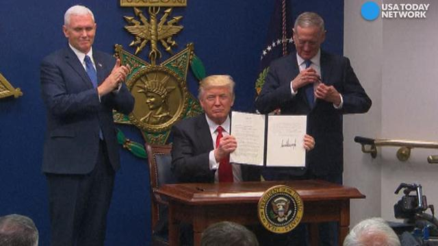 Trump says he will make Christian refugees a priority
