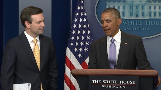 President Obama made a surprise visit to the the daily press briefing to praise outgoing White House Press Secretary Josh Earnest. (Jan. 17)