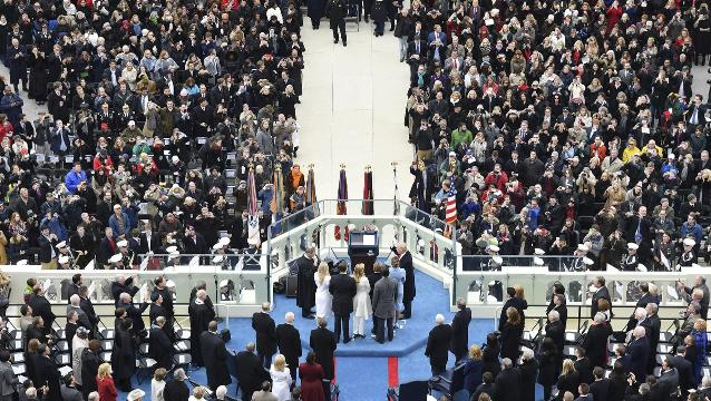 White House defends inauguration crowd size