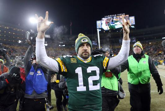 NFL wild-card hot reads: Aaron Rodgers keeps on rolling