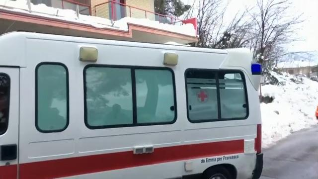 Raw: Rescuers Struggle to Reach Avalanche Hotel
