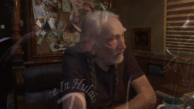 Willie Nelson: Weed is 'safest medicine'