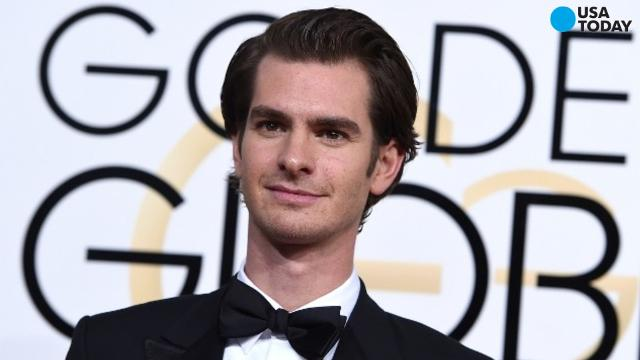 The Golden Globes had a big moment that happened just off camera between actors Andrew Garfield and Ryan Reynolds. When Gosling went up to receive his award, Reynolds was seen sharing a passionate kiss with former Spider-Man actor Andrew Garfield.