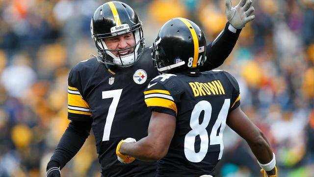 The Steelers ran away with a 30-12 win over the Dolphins to start Wild Card Sunday in record-setting fashion.