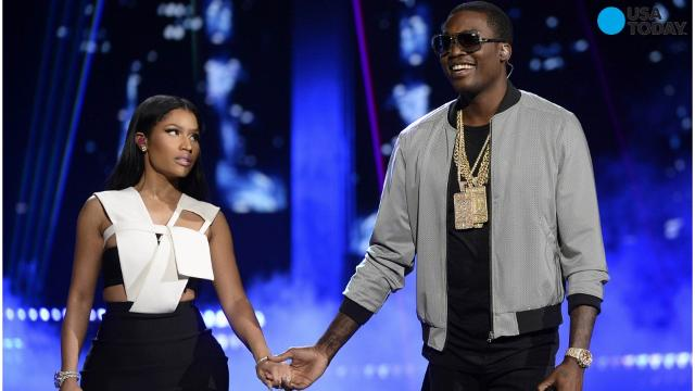 Rapper Nicki Minaj tweeted that she's no longer in a relationship with fellow rapper Meek Mill. Rumors of their breakup began last month when Minaj posted a picture on Instagram and captioned it with a quote from Beyonce's 'Best Thing I Never Had.'