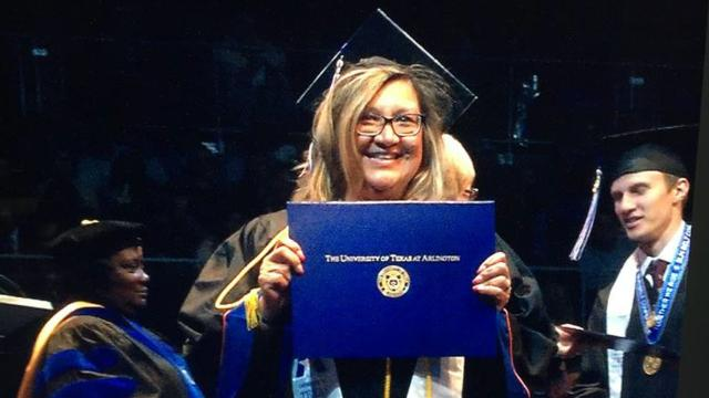 Gold Star mom finishes college in son's honor