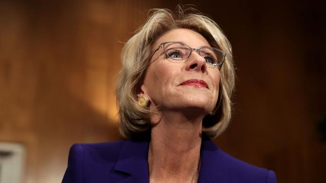 betsy devos - photo #30